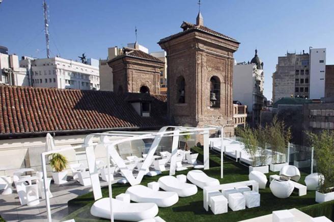 las_mejores_terrazas_de_verano_en_espana_648275207_1200x